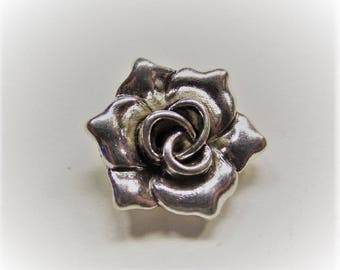 18mm. 5CT. Antique Silver Color Alloy Flower Pendants, 18mm * 16.5mm, 7mm thick, hole: 2mm, Y64