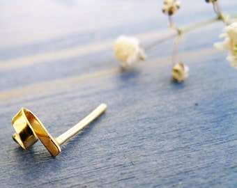 Tiny Ribbon. Cute 14K Gold Ribbon Stud. Unisex Hand Made Gold Earring. One UnisexStud. Recycled Gold Eco Friendly. Hand Created Ribbon Stud