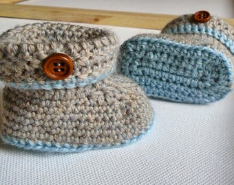 Cosy Booties and Hat Set