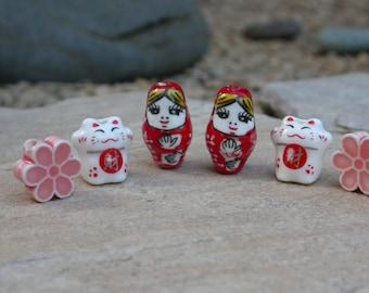 set of 3 Russian dolls cat flower ceramic beads