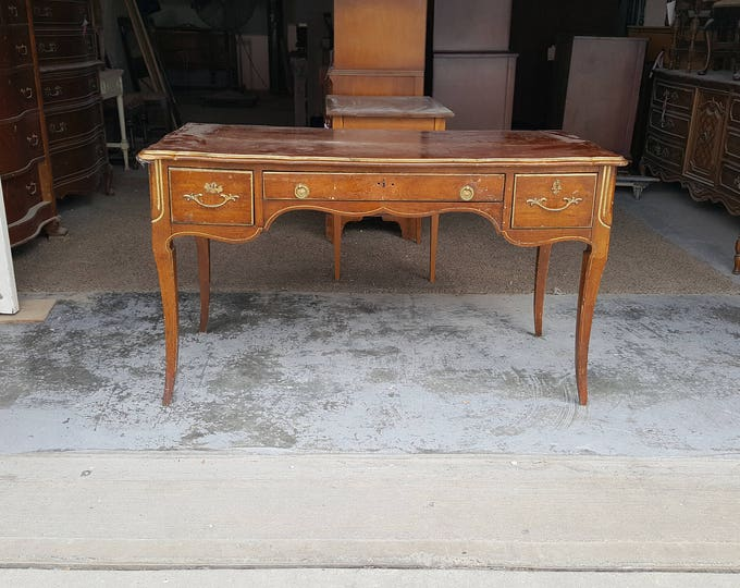 PICK UP ONLY, Vintage vanity or desk, writing table, painting inc, france, laptop desk, dressing table, farmhouse, country, shabby chic