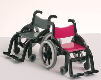 1:12 Scale Wheelchair Model. Ideal for dollhouses.