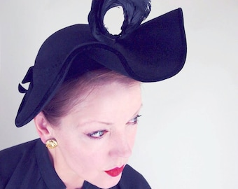 40s Black Felt Wide Ruffled Brim Hat with Curled Coque Feather Plume - New York Creation