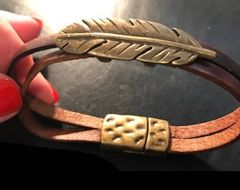 New Mens Or Ladies Antique Gold Leaf Bracelet With Double Brown Leather Band and Magnetic Closure