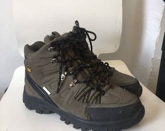 HIKING boots eu 39 vtg olive green