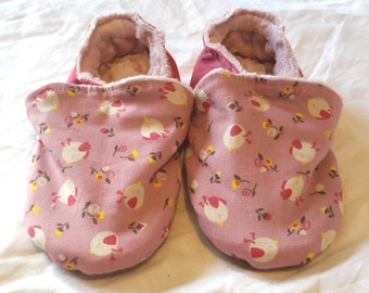 Filled slippers, size 26 pattern small birds