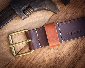 Leather belt, chocolate color, robust, customizable, brass buckle, made in France. Men's leather belt. Vegetanned leather.