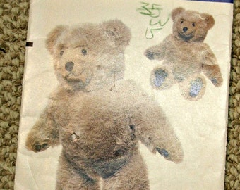 Vogue 8658 Stuffed Bear Pattern a Linda Carr design