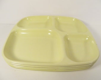 Vintage Set of 4 Yellow Lunch Trays - Quadrille Melmac Cafeteria Trays - 4 Melamine School Cafeteria Trays