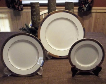 Mikasa Royal Villa 3pc Set-Dinner Plate, Salad Plate and Bread & Butter Plate