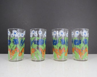 Vintage Floral Drinking Glasses Set // Set of FOUR Mid Century Modern Wildflower Daisies Pansies Clear Tumblers Swanky Swigs Sips Style Boho