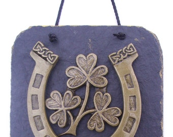 Good luck horse shoe Irish wall plaque.