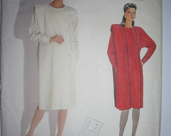 Vogue Paris Chloe Vintage Sewing Pattern Dress/Shawl/Button/Wool/Cashmere/Tweed/Winter/Fall/80's