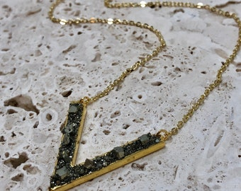 Pyrite Crystal Necklace / Crystal Chevron Necklace / Boho Pyrite Necklace / 14K Gold Pyrite Necklace