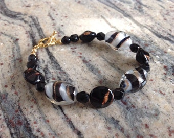 Beautifully made Art Glass Bracelet with a toggle clasp
