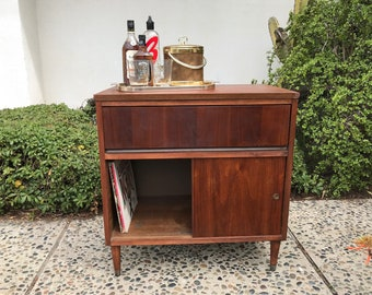 MID CENTURY MODERN Bar, Stereo Cabinet or Small Media Stand (Los Angeles)