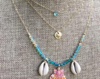 "Tiny Sand Dollar Charm Necklace/14K Gold Filled/16"""