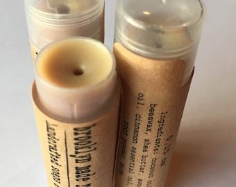 Baume à lèvres cannelle, baume naturel pour les lèvres, baume de beurre de karité, cire d'abeille baume à lèvres, chap pour les lèvres, chap stick, cadeau