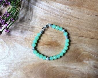 Pretty Mint Green & Silver Bead Bracelet