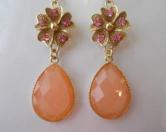 SALE Silver Tone Flower Earrings with Pink Rhinestones and a Pink Teardrop Bead Dangle
