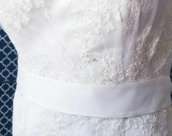 "2"" Wide & 95 inches long - Double Sided Matte Satin Plain Wedding ,Ivory Satin Sash, White Satin Sash, Plain Sash, Satin Sash for weddings"