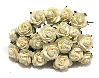 Pale Ivory Open Mulberry Paper Roses Or114