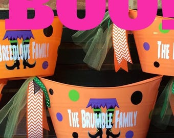 Personalized Halloween Tub -  Halloween Bucket - Halloween Candy Pail - Candy Holder - Trick Or Treat Bucket - Personalized Bucket