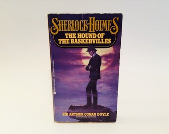 Vintage Mystery Book Sherlock Holmes - The Hound of the Baskervilles by Sir Arthur Conan Doyle 1980s Paperback