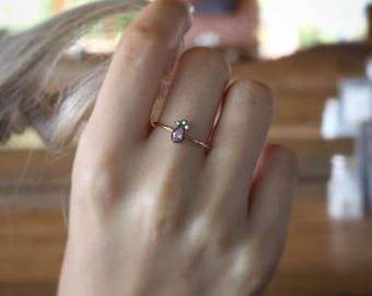 Tear Drop Stone Ring.  Available in 14k Gold, White Gold or Rose Gold