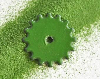 Green Enamel, Thompson Enamel, 1345 Hunter, Vitreous Enamel, Glass for Metal, Powdered Glass, Glass Powders, Enameling Supply, Glass Supply