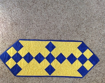 Quilted Tablerunner - Blue and Yellow