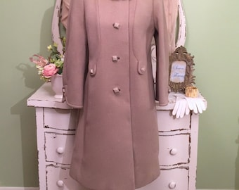 Gorgeous Taupe Wool Coat w Mink Collar, Vintage Winter Coat, LM-L, Vintage Wool Coat, Warm Wool Coat, Chic Minimalist Coat, Elegant Coat