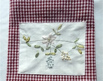 Vintage Handmade Guest Towel Kitchen Towel Ribbon Embroidery Red White Kitchen Bathroom Home Decor Gift itemhite