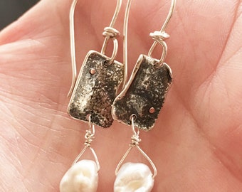 Pearl and silver dangles, pearl and silver drops, maggiesmeltdown, Maggie's Meltdown, reticulated silver with pearl drop, drops, dangles