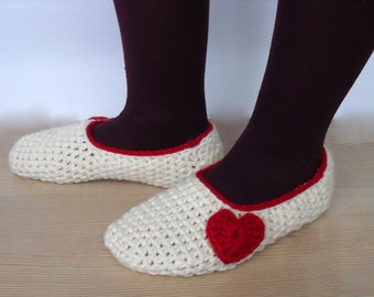EXPRESS CARGO Women's Crochet Slippers / House Shoes / Women Accessories / Winter Accessories / Valentine's Fashion /// FORMALHOUSE