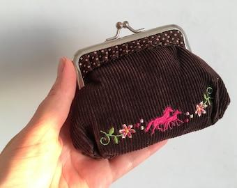 Velvet Kiss lock purse - Velvet coin purse - Vintage purse - kiss lock purse - Metal Frame Purse -  Embroidery velvet kiss lock coin purse
