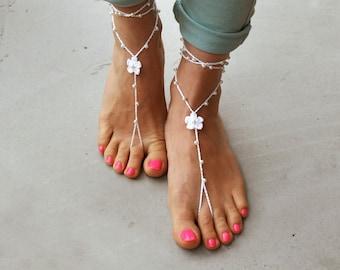 Pearl Barefoot Sandals- Beach Wedding- Foot Jewelry- Beach Wedding Barefoot Sandals- Bridesmaid gift- Boho Wedding Shoes- Bridal Sandals