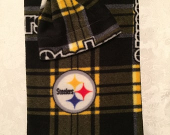 Newborn Fleece Receiving Blanket and Hat -- Pittsburgh Steelers