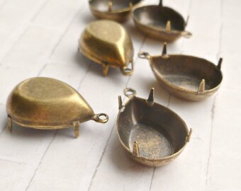 Brass Settings - 6 One Loop 18x13 Pear Settings (6-57-6)