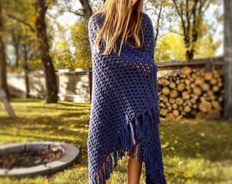 FREE SHIPPING, Crochet Blanket with fringe, Navy Blue Afghan, Throw Blanket, Chunky Crochet Throw, Crochet Blanket, Blanket with Fringe, Rug