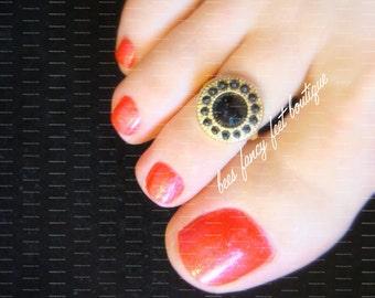 Toe Ring, Tribal Toe Ring, Tribal Ring, Indian Toe Ring, Indian Ring, Black and Gold Ring, Black and Gold Toe Ring, Stretch Bead Toe Ring