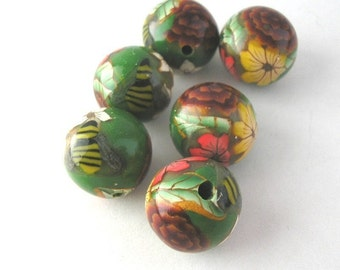 Forest Green Beads, Round Polymer Clay Bead Set, Bee Accent, 6 Pieces