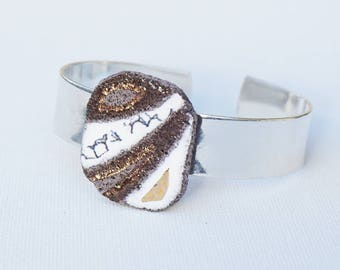 Bracelet organic white deconstructed and touches of gold