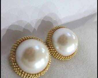 SALE Vintage Erwin Pearl Earrings ~ Beaded Gold Tone Pearl Cabochon Earrings ~ Clip On Earrings ~  Hallmarked ~ Perfect Gift Giving Idea