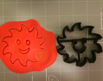 Sun With Smiley Face Cookie Cutter