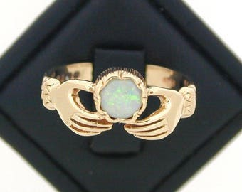 Vintage 9ct Yellow Gold Opal claddagh Ring size M 1/2 1983