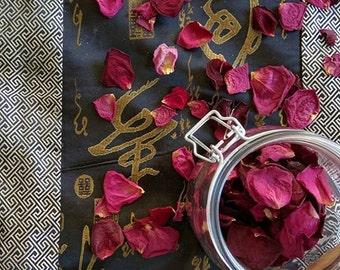 Red Rose Confetti, Winter Wedding, Rose Petals, Biodegradable Confetti, Real Petal Confetti, flower girl petals, table scatter rose petals