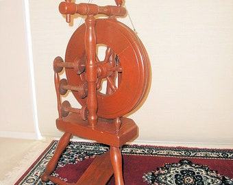 BEAUTIFUL WEE PEGGY Spinning Wheel +++++
