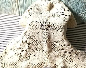 Vintage Hand Crochet Cotton Square Doily, Shabby Cottage, Arts Crafts Collage Project, Vintage Ephemera, Crochet Doily