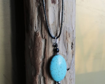 Black pendant cord necklace turquoise